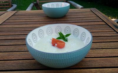Geeiste Melonensuppe mit Parmaschinken
