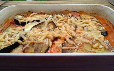 Auberginengratin mit Mozzarella und Parmesan